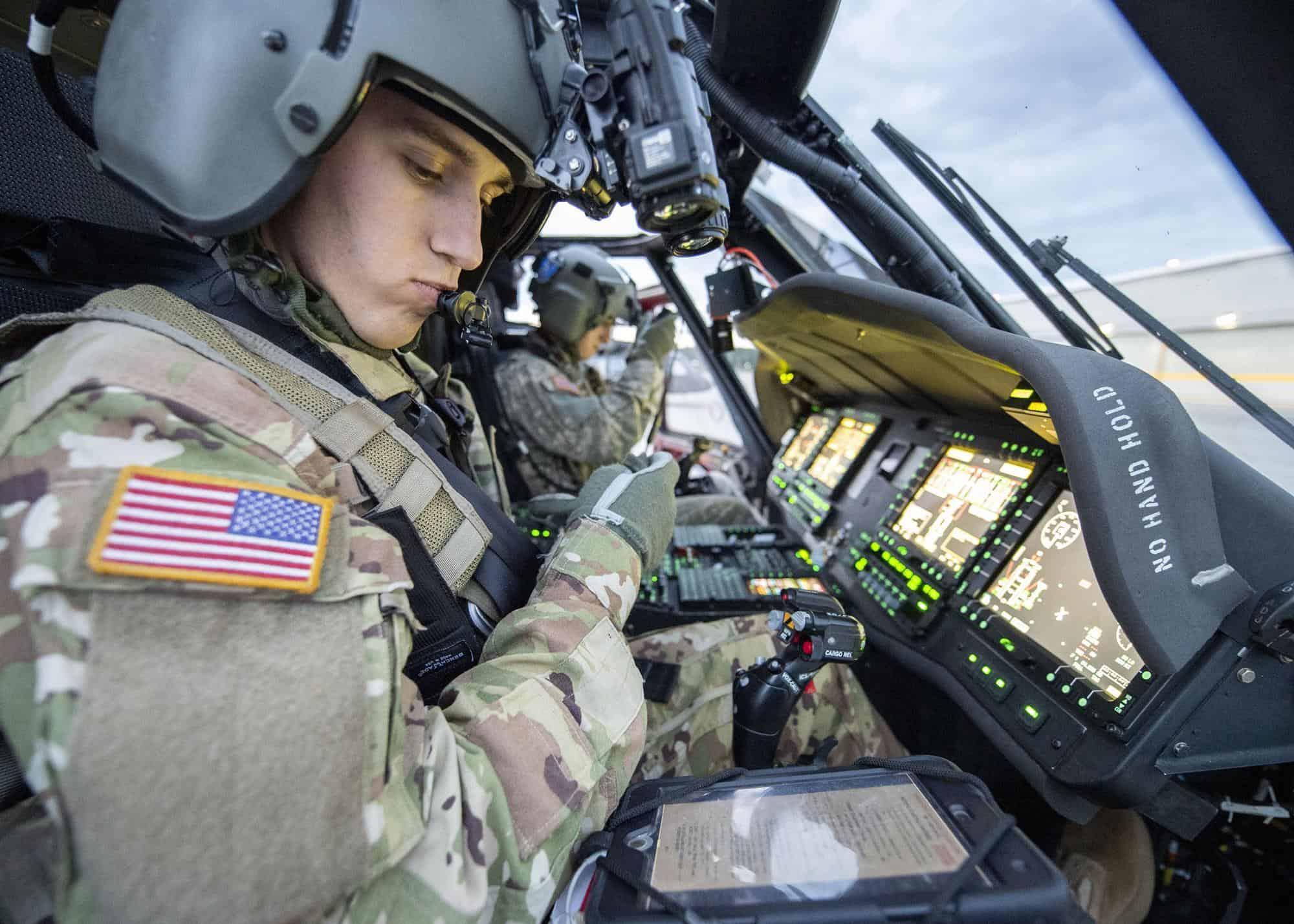 Кабіна пілотів UH-60V. Фото з відкритих джерел