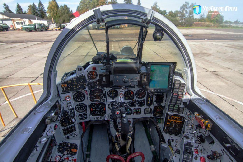 Кабіна пілота модернізованого винищувача МіГ-29МУ1