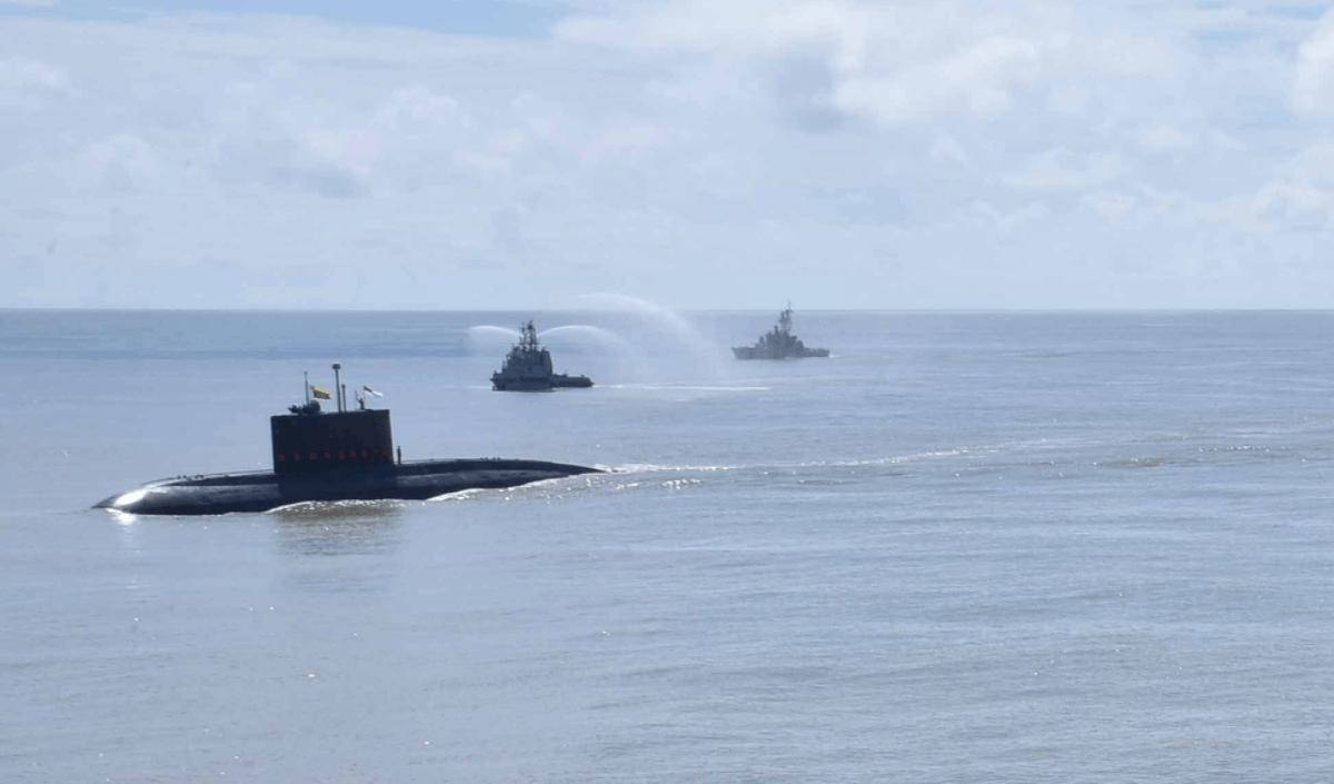 М'янма отримала підводний човен. ДЕПЧ ВМС М'янми «Min Ye Thein Kha Thu» (INS Sindhuvir (S58) типу 877EKM). Жовтень 2020. Фото: ЗМІ Індії