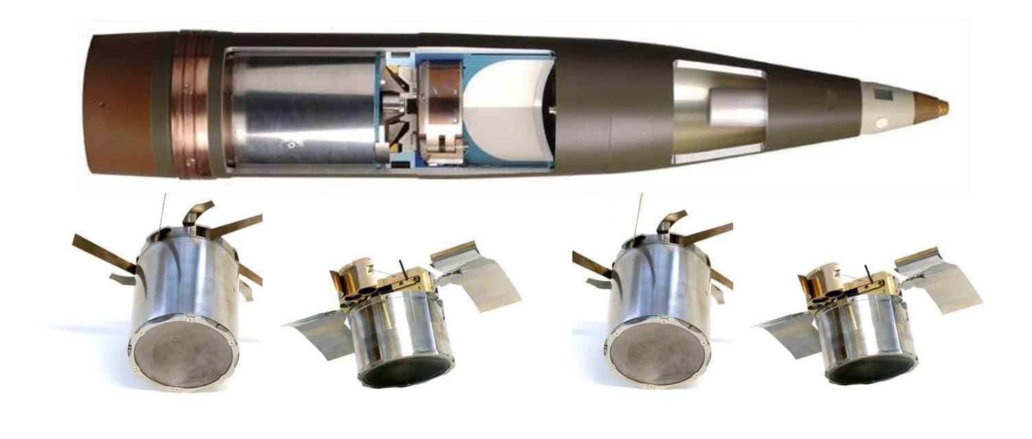 Снаряди типу BONUS розділяються в польоті на дві частини з сенсорними детонаторами, які ведуть пошук цілей