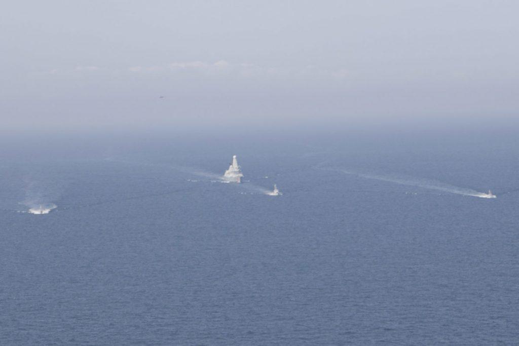 Катери ВМСУ тренувалися з есмінцем Британії «Dragon». Жовтень 2020. Фото: АмріяInform