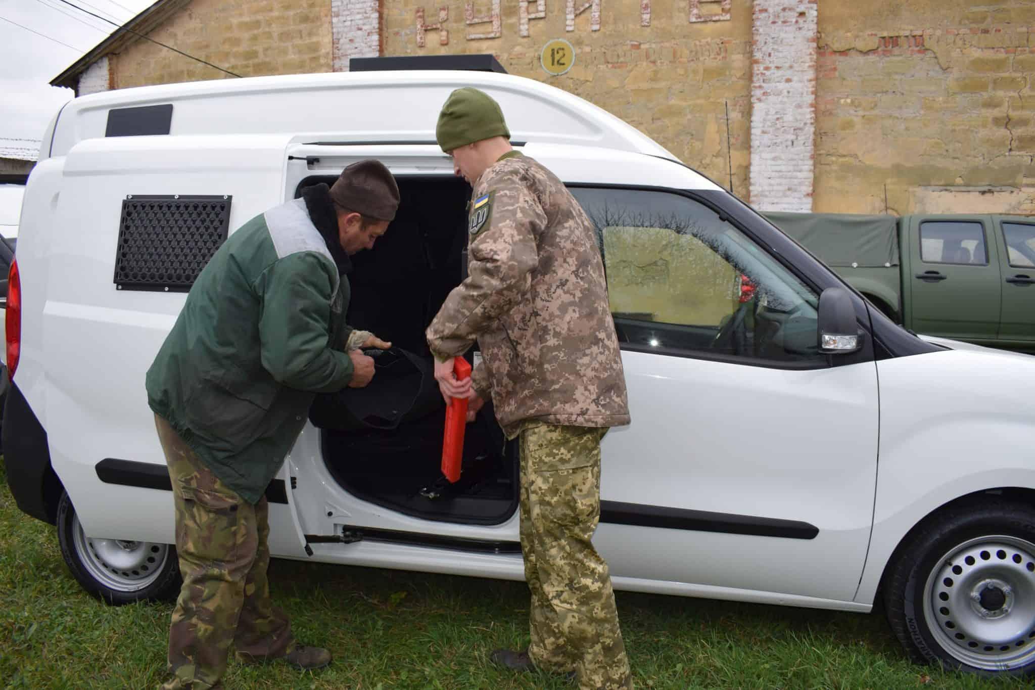 Нові автомобілі FIAT для Військової служби правопорядку. Листопад 2020. Фото: АрміяInform