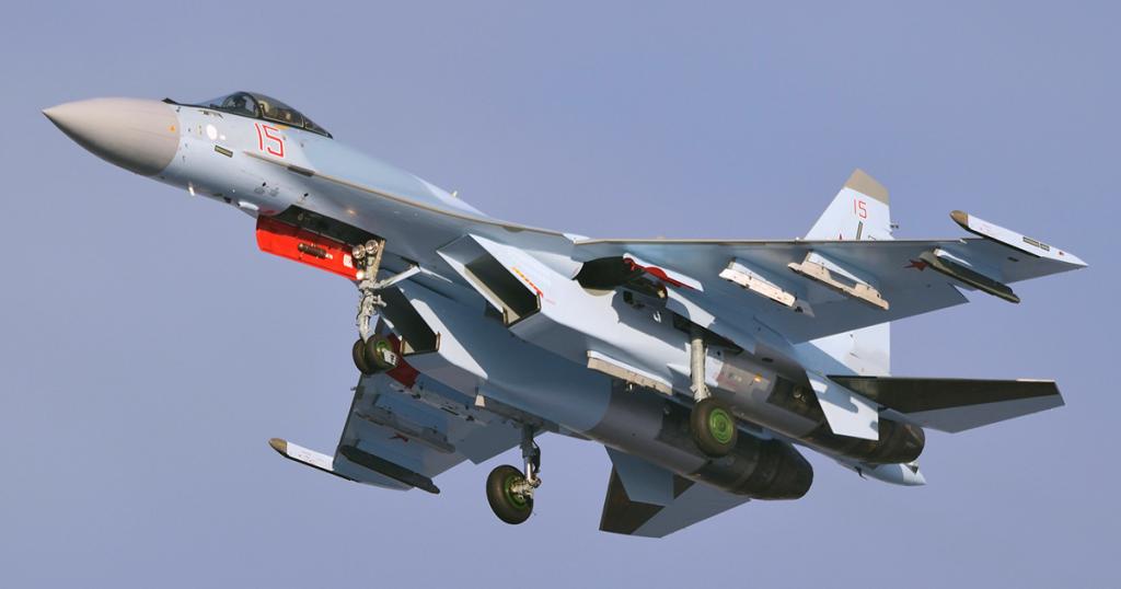Винищувач Су35С ПКС Росії побудований за держоборонзамовленням РФ 2018 року. Фото: ЗМІ РФ