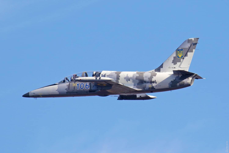 Навчально-тренувальний літак L-39М1 з бортовим номером 106 після модернізації в Одесі