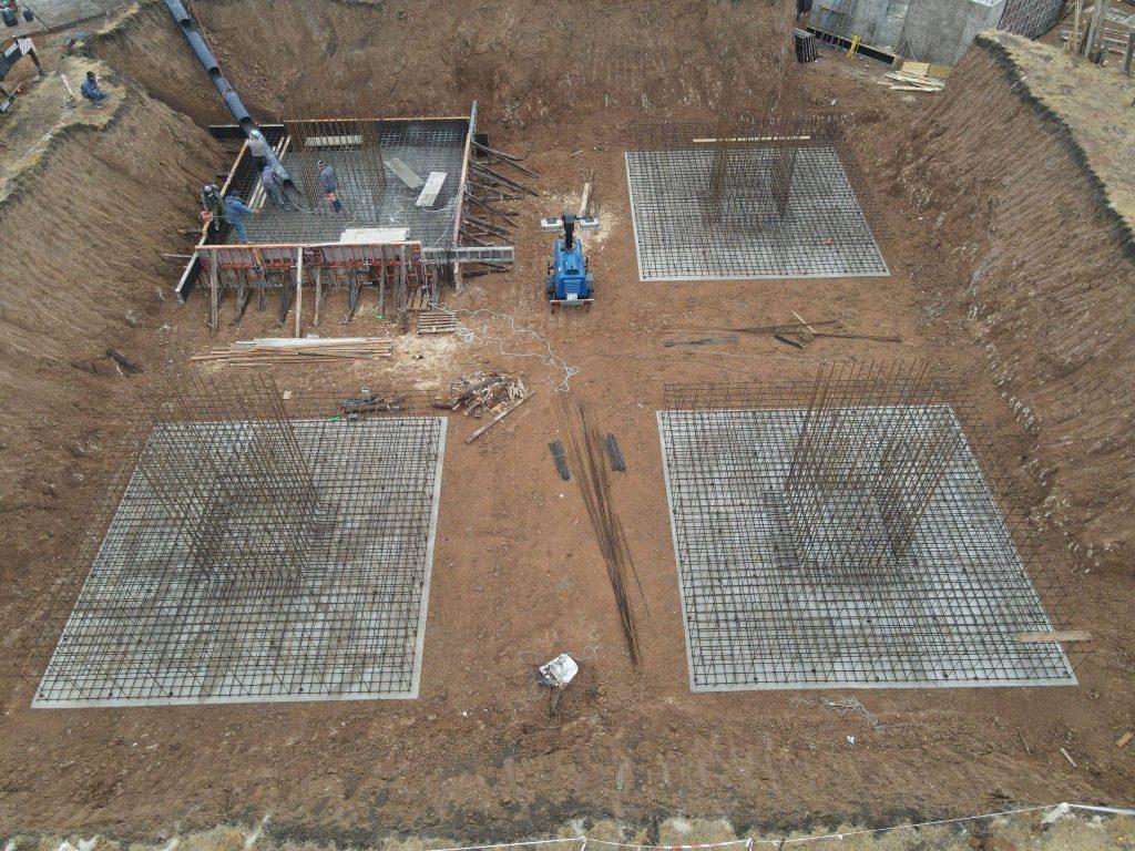 Процес будівництва телевежі у Попаснянському районі