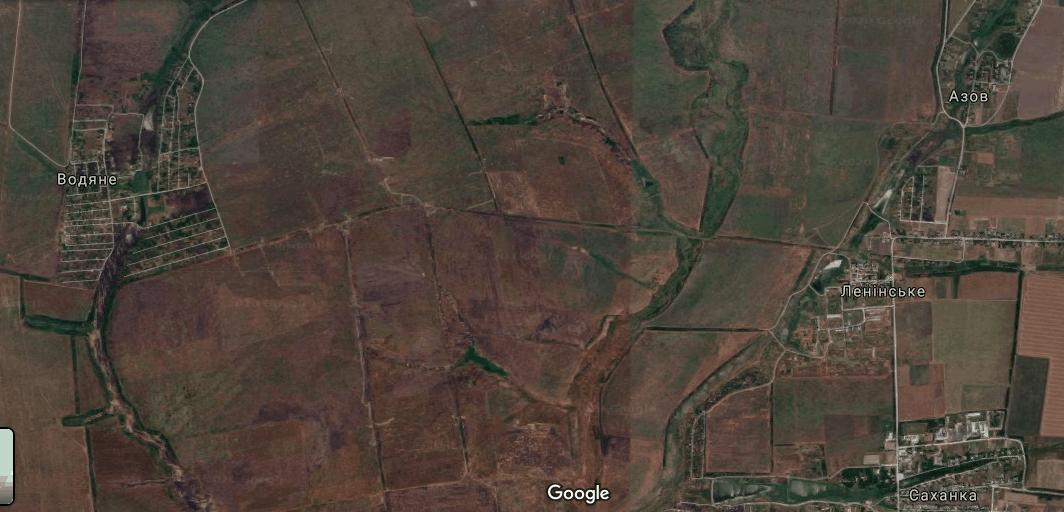Район між населеними пунктами Водяне та Ужівкою (Ленінське)