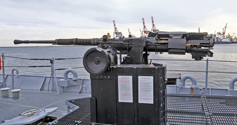 25-мм корабельна артилерійська установка на «Айленді». Фото: Думская