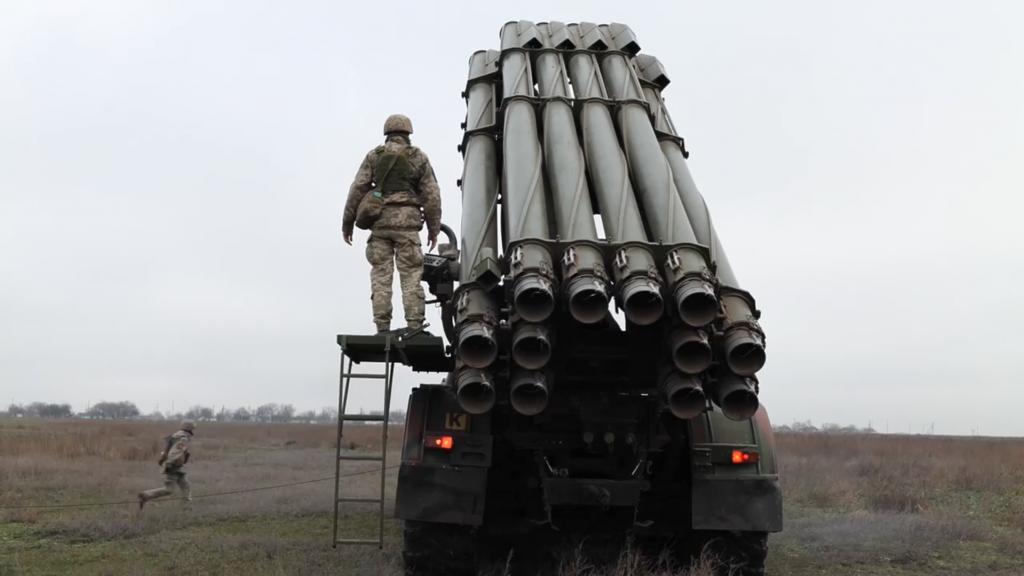 БМ-30 «Смерч» ЗСУ на Херсонщині. Грудень 2020. Фото: МО України