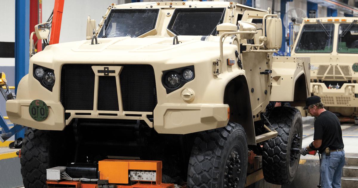 Виробництво бронемашин JLTV компанії Oshkosh Defense