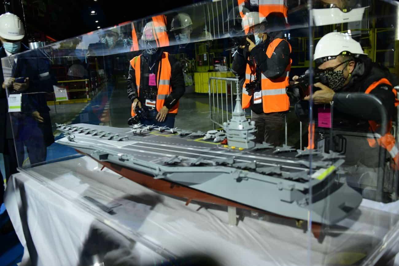 Франція анонсує новий атомний авіаносець. Макет перспективного французького атомного авіаносця