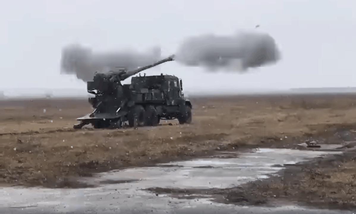 Момент пострілу САУ 2С22 «Богдана»