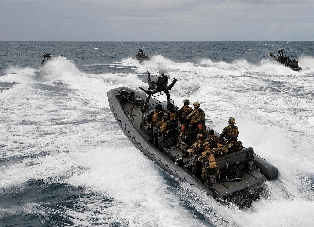 11 метровий швидкісний катер типу RHIB USMI Naval Special Warfare ( NSW )