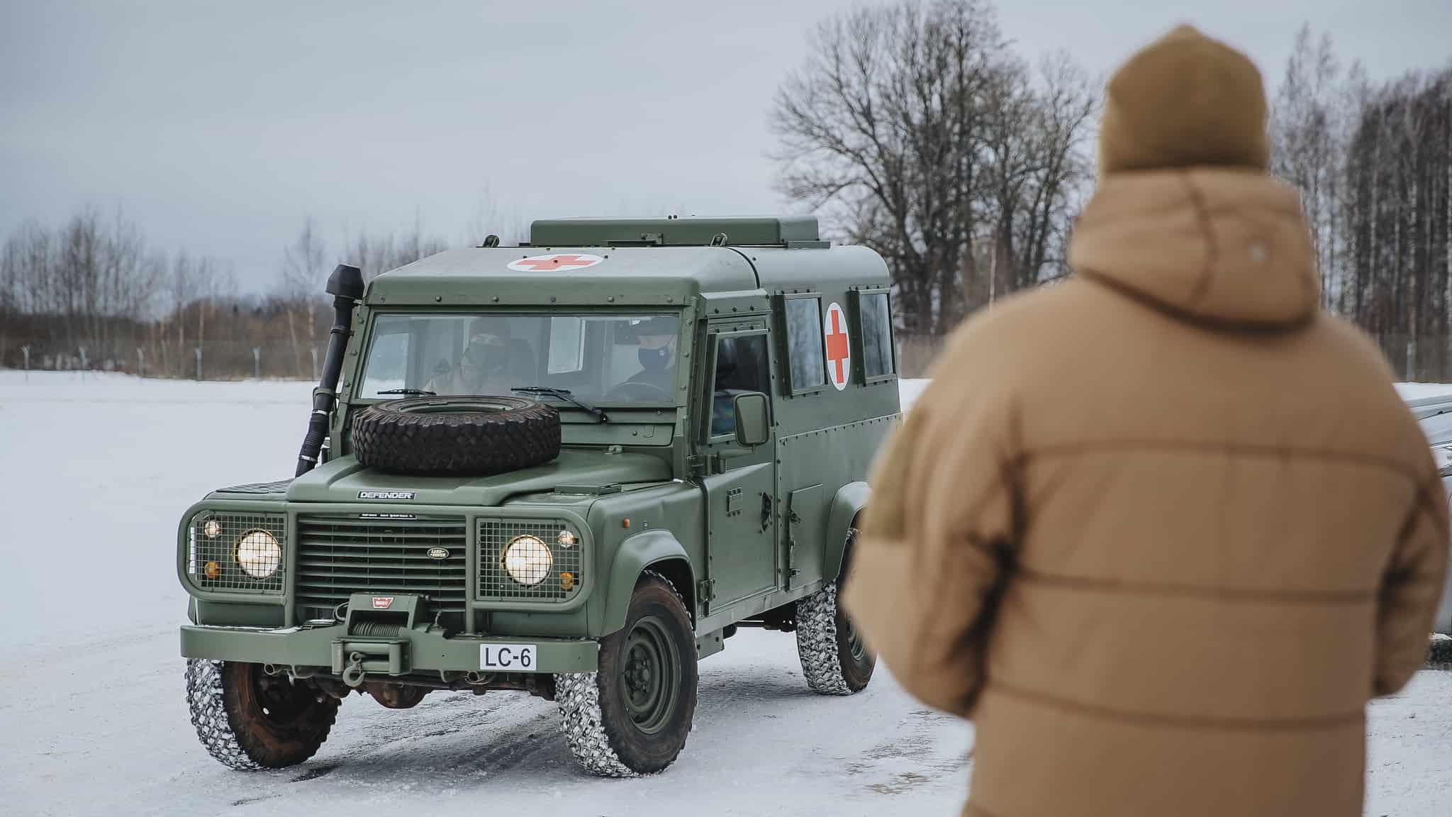 Один з переданих ЗС України легкоброньованих автомобілів Snatch Land Rover