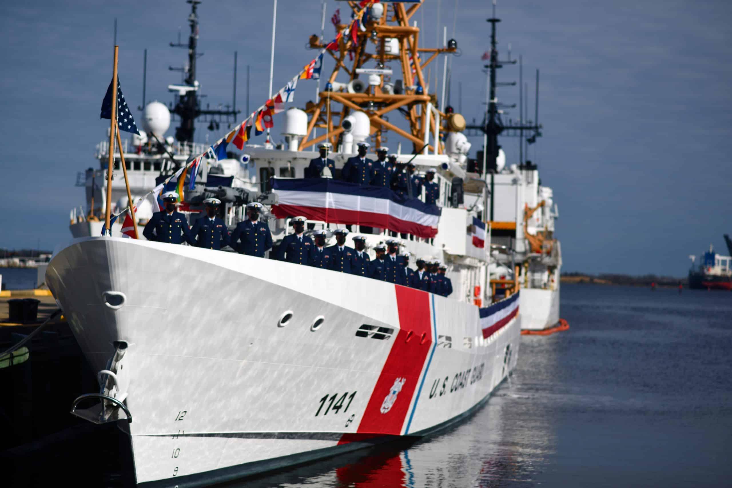 Швидкісний патрульний катер FRC (Fast Response Cutter) класу «Sentinel» – (WPC 1 141) «Charles Moulthrope». Січень 2021. Фото: Берегова охорона США