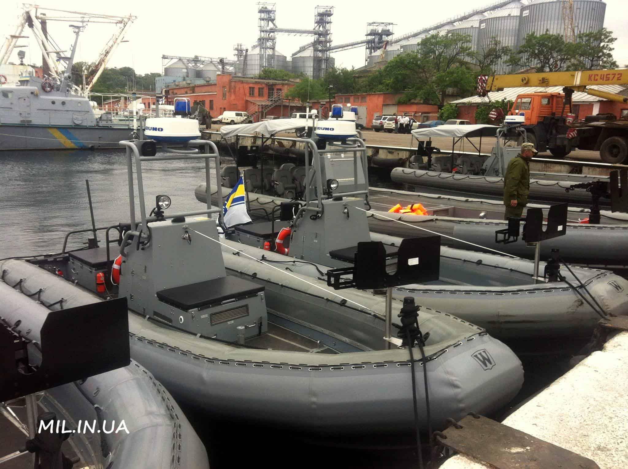 Човни Willard Sea Force 730 та Sea Force 11M
