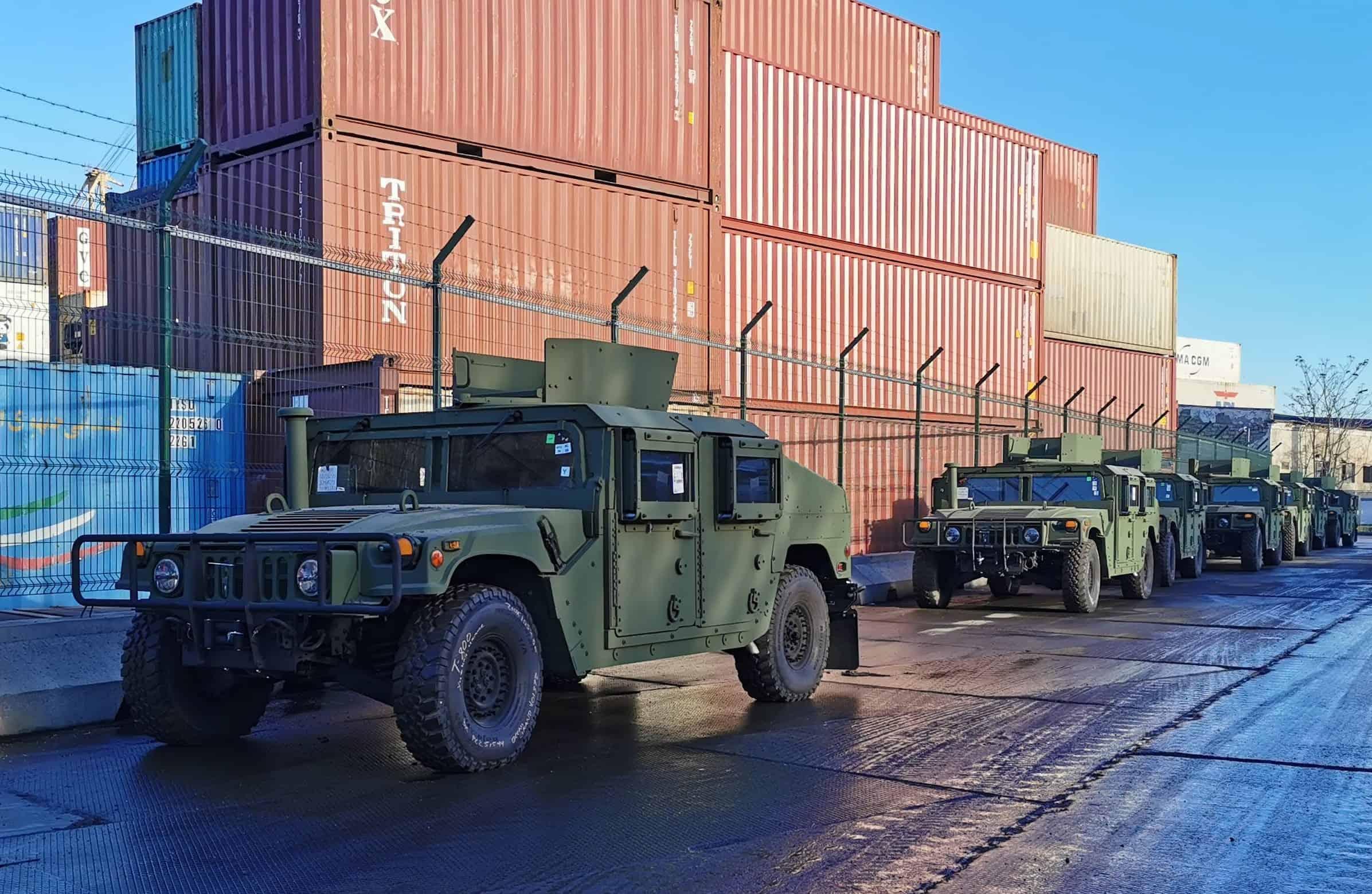 Передані для Сухопутних військ ЗСУ броньовані позашляховики HMMWV