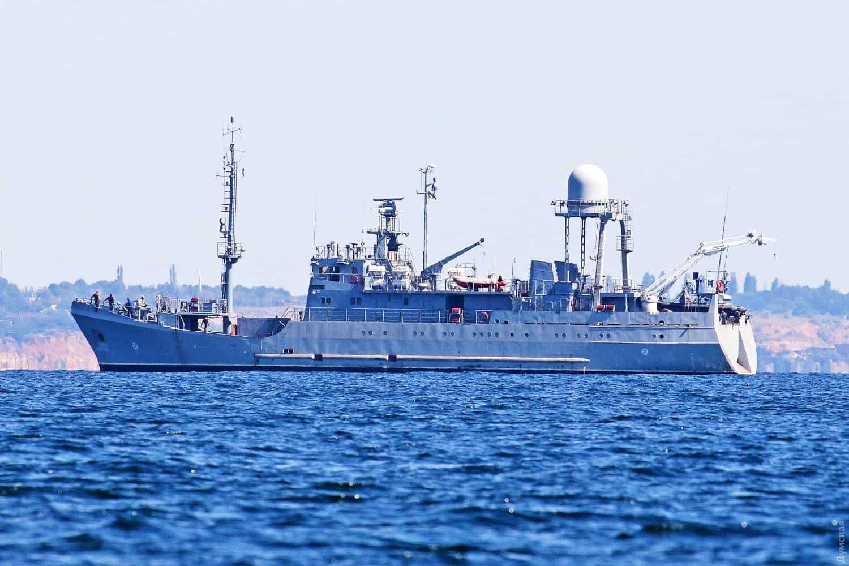 Середній розвідувальний корабель «Сімферополь» на випробуваннях