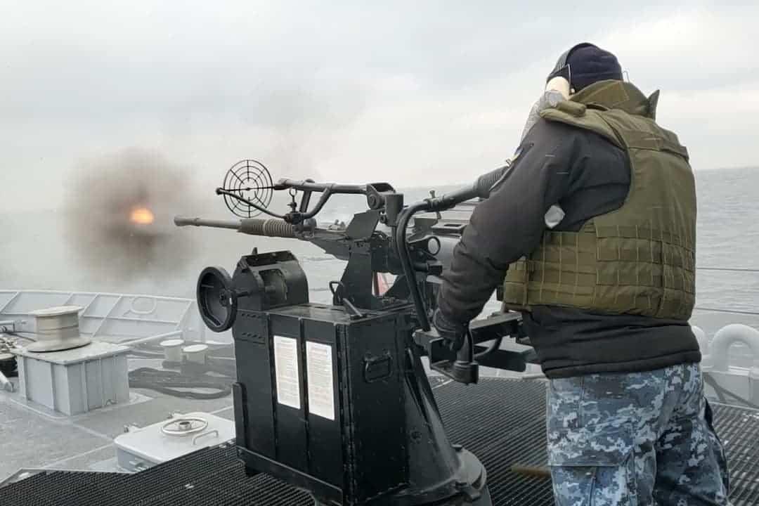Стрільби на патрульному катері «Слов'янськ» з артилерійської установки 2М-3М