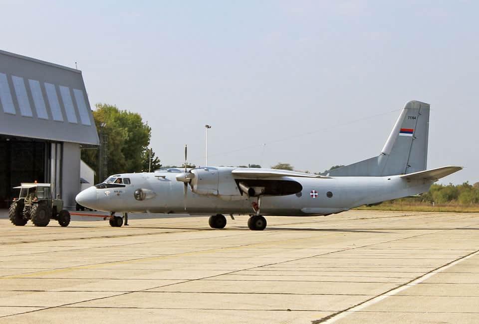 Транспортний літак Ан-26 військово-повітряних сил Сербії
