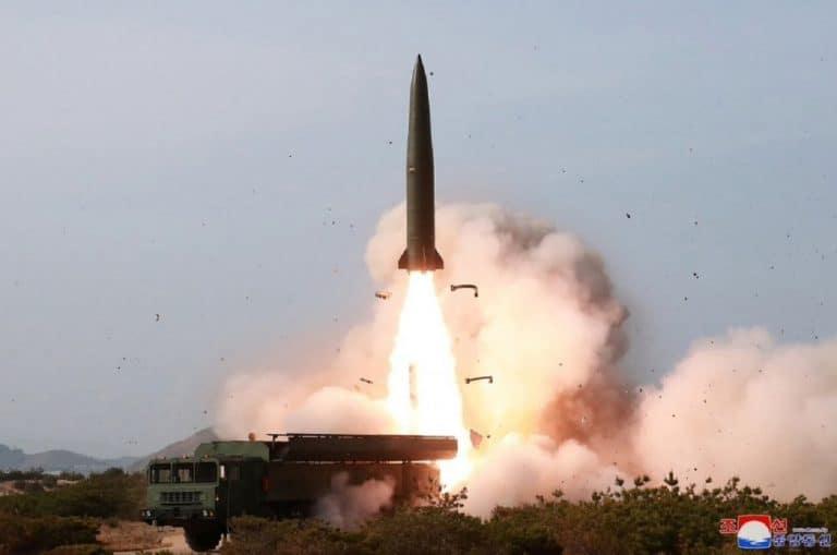Випробування оперативного ракетного комплексу візуально схожого на російський ОТРК «Искандер»