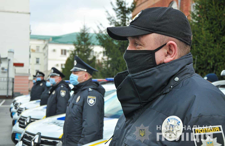 Церемонія передачі автомобілів «Renault Duster» Поліції. Січень 2021. Фото: МВС