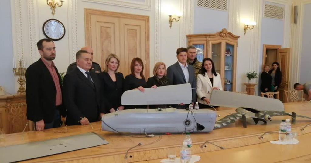 """У Верховній Раді представили збиті БПЛА російського виробництва серед яких """"Орлан-10"""""""