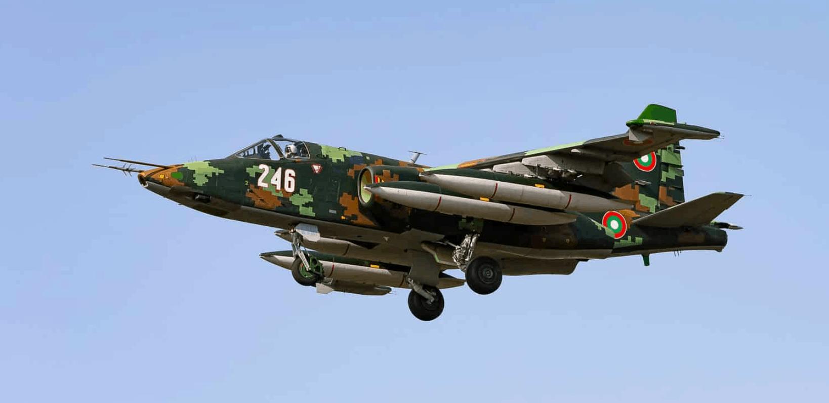 Су-25 повітряних сил Болгарії з бортовим номером 246 Фото: Belspotting