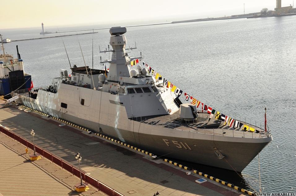 Турецький корвет Heybeliada (F511) типу Ada під час відвідин Одеси