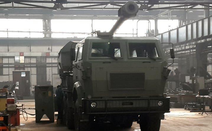 Збирання прототипу САУ H-155 на підприємстві BNT