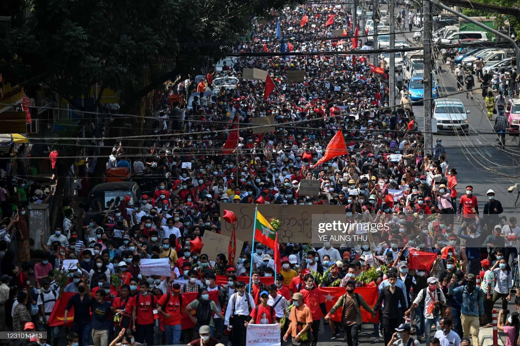 Протести проти військового перевороту у М'янмі. Лютий 2021. Фото: ЗМІ М'янми