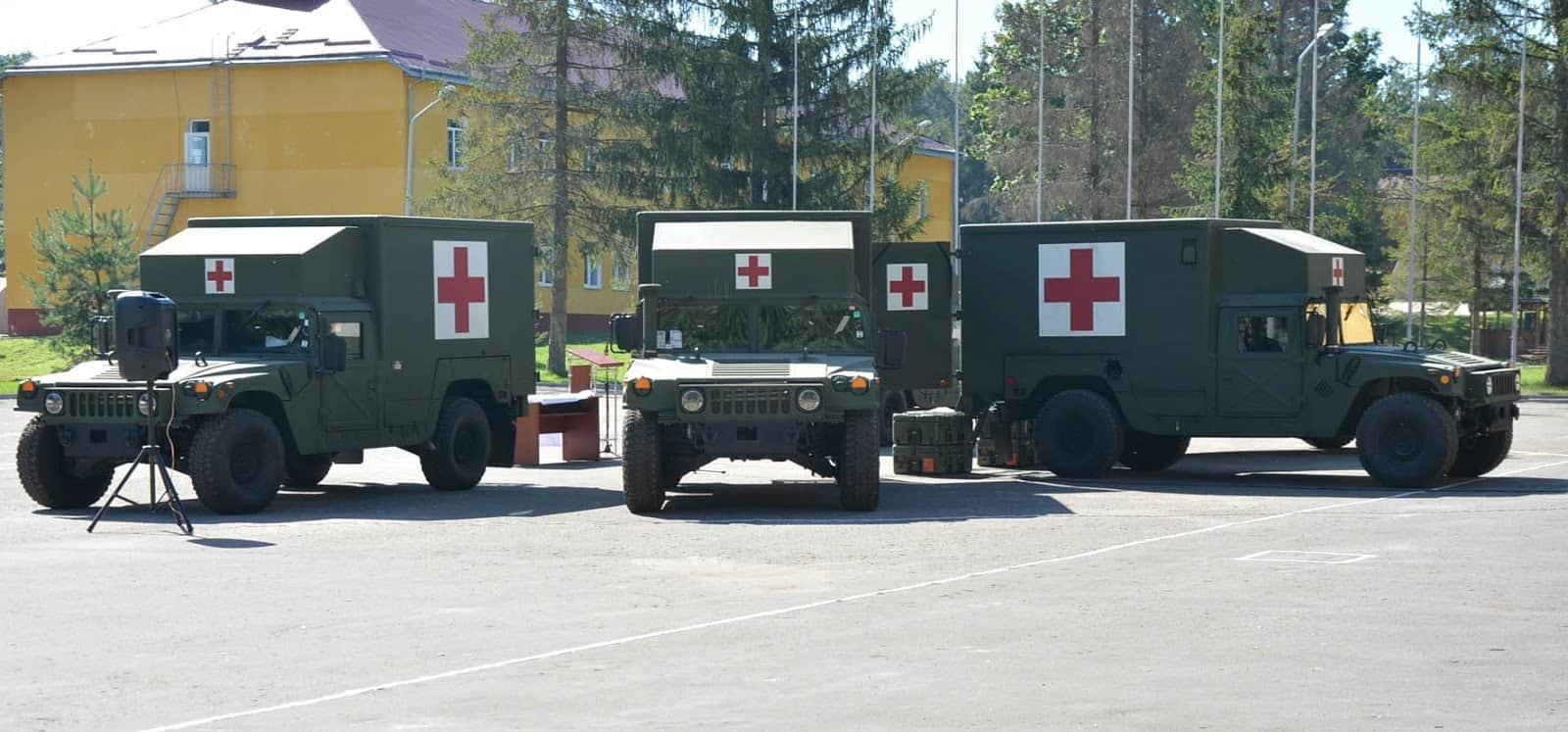 HMMWV ЗСУ у медичній версії
