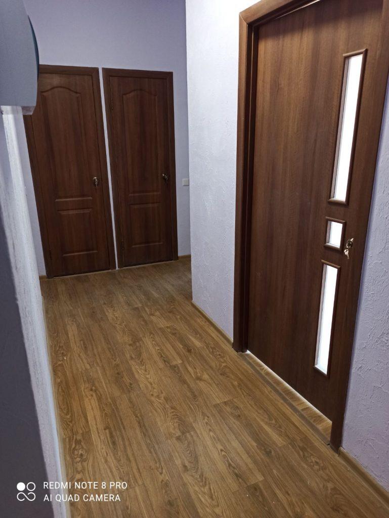 Внутрішні приміщення квартир у реконструйованому будинку в Одесі