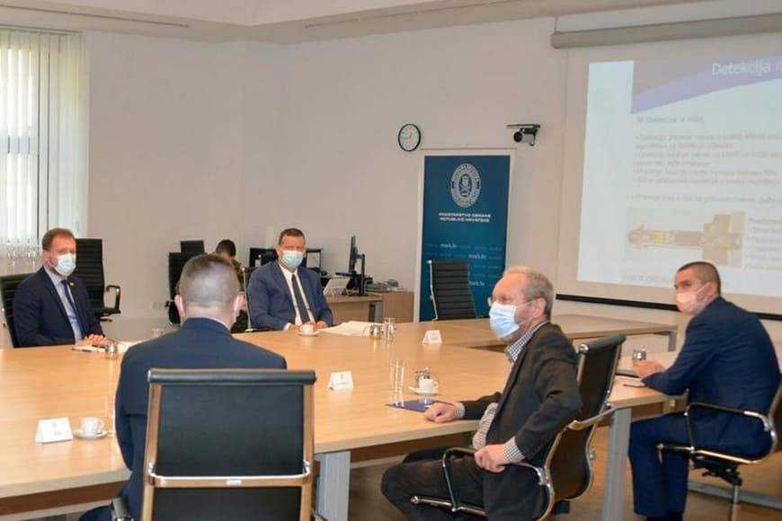 Міністр оборони Хорватії провів зустріч з почесним консулом України і ДККБ «Луч»
