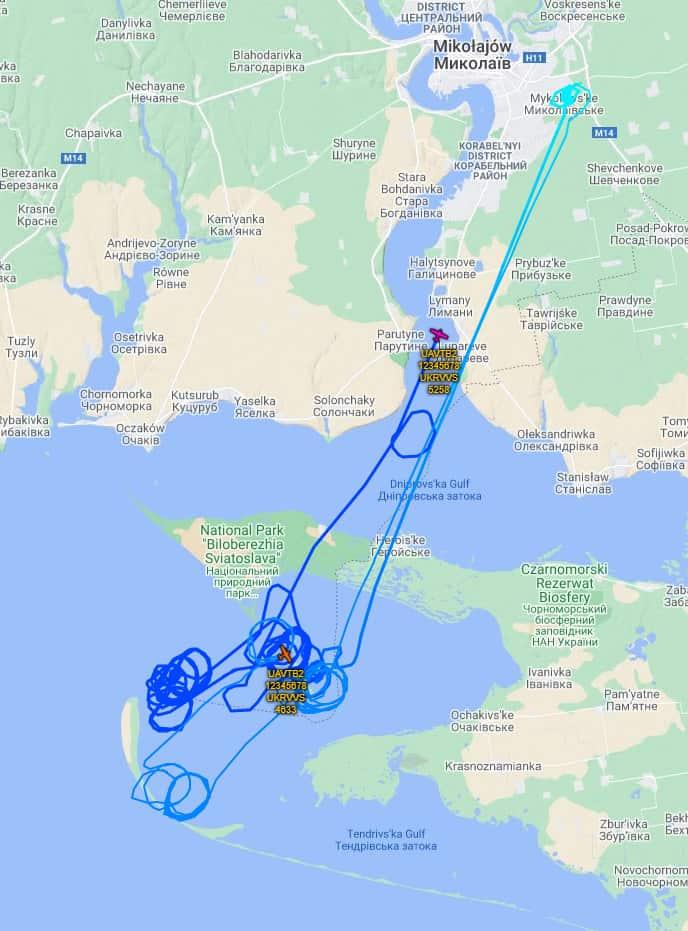 Маршрути польоту українських ударних безпілотних літальних апаратів Bayraktar TB2 на Тендрівській косі 26 березня 2021 року