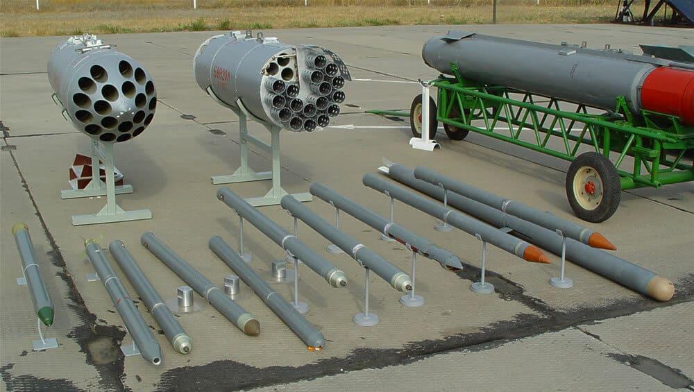 Пускові установки Б-8М1 та Б-8В20А для відстрілу 80-мм некерованих боєприпасів С-8