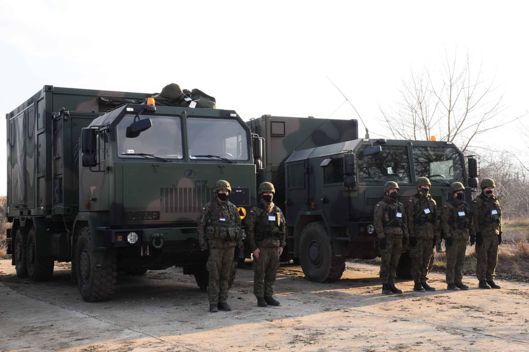 Спеціальні машини польського берегового ракетного комплексу на навчаннях у Румунії