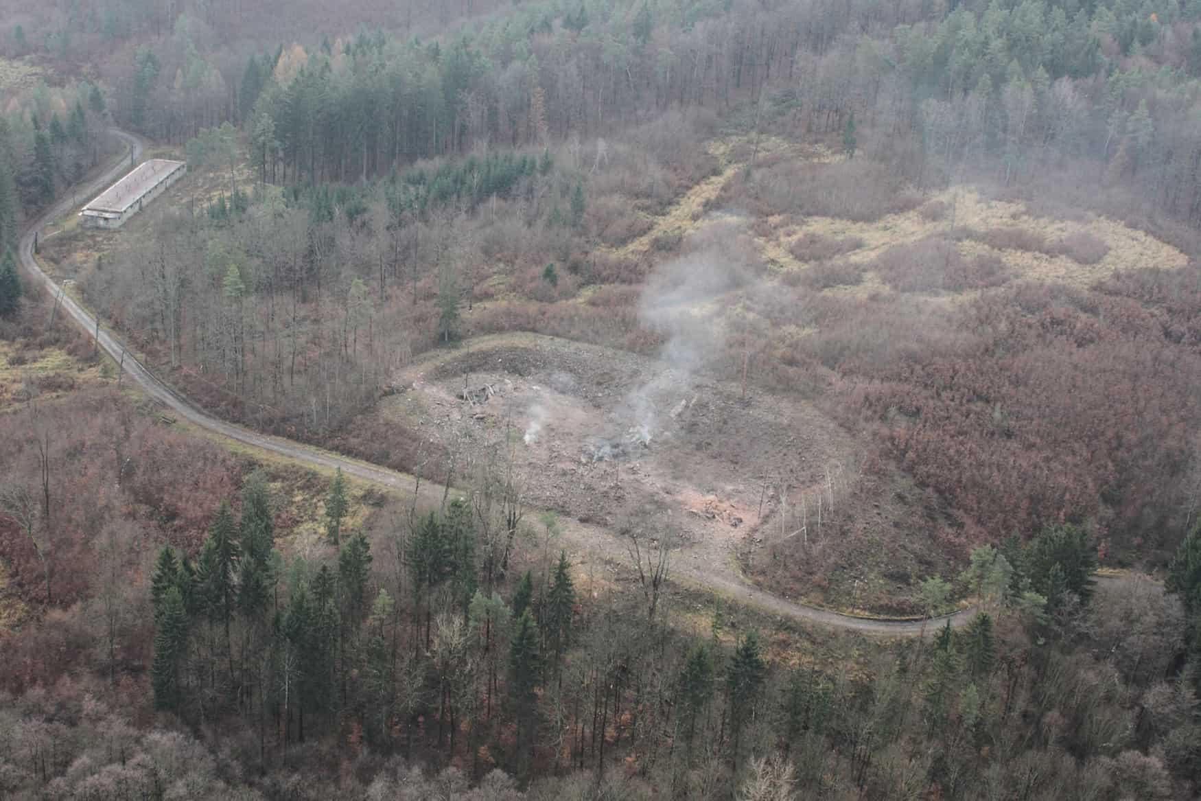 Місце вибуху складу боєприпасів в Врбетиці, Чехія. Жовтень 2014