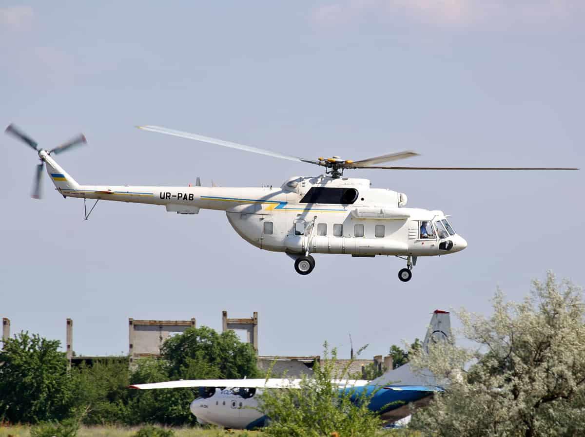 Багатоцільовий гелікоптер Мі-8 зі складу Державного авіаційного підприємства «Україна»