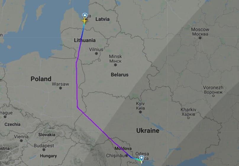Маршрут польоту літака авіакомпанії AirBaltic з Риги до Одеси