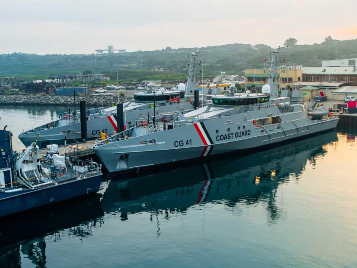 Патрульні кораблі TTS Port of Spain (CG41) та TTS Scarborough (CG42) Берегової охорони Тринідад і Тобаго