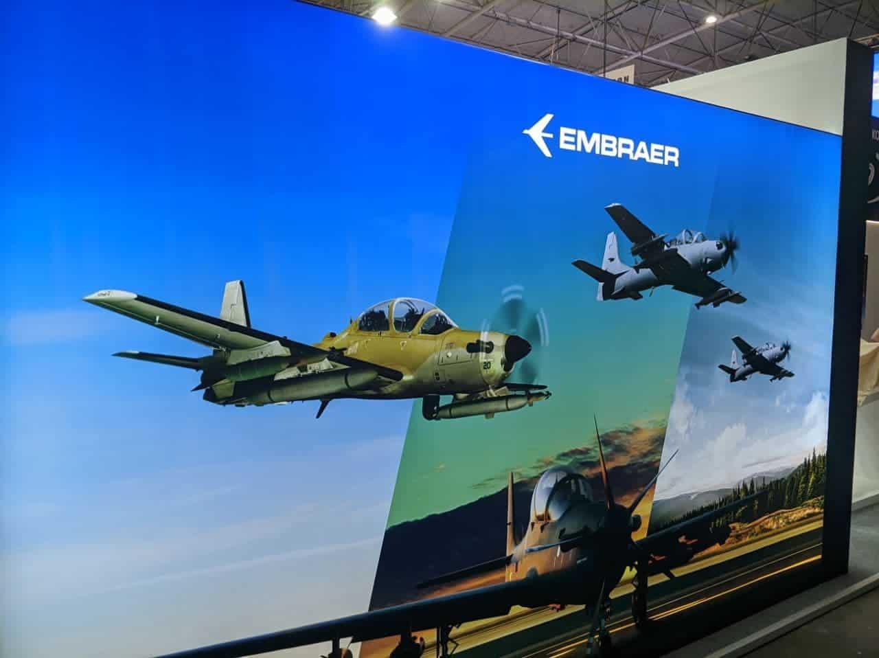 Стенд Embraer на виставці у Києві