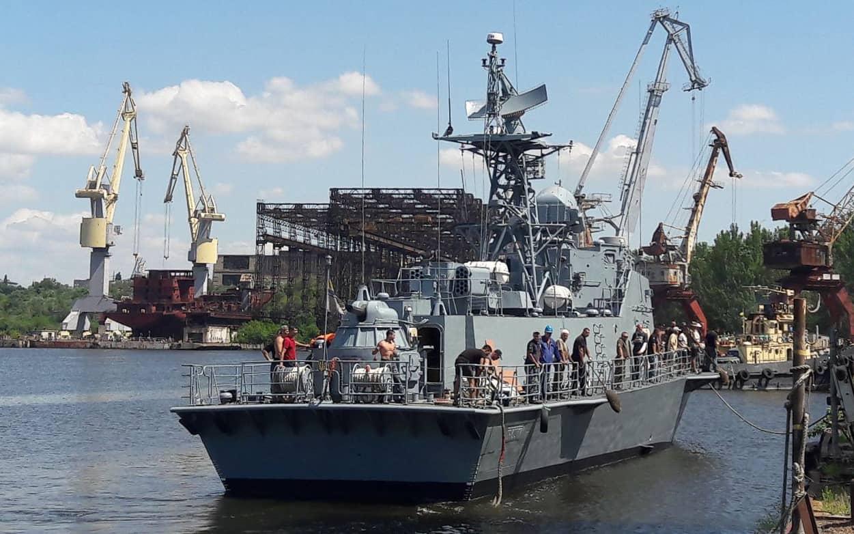 Катер «Прилуки» біля причальної стінки ДП «Миколаївський суднобудівний завод»
