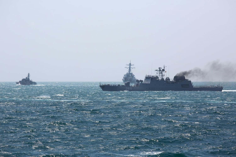 Корвет ВМС Болгарії «Бодри», есмінець ВМФ США Ross та корвет ВМС Румунії Contra-Amiral Horia Macellariu на Sea Breeze 2021
