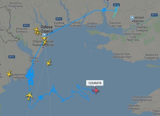 Траєкторія польоту БПЛА Bayraktar TB2 у небі над Чорним морем 8 липня 2021 року