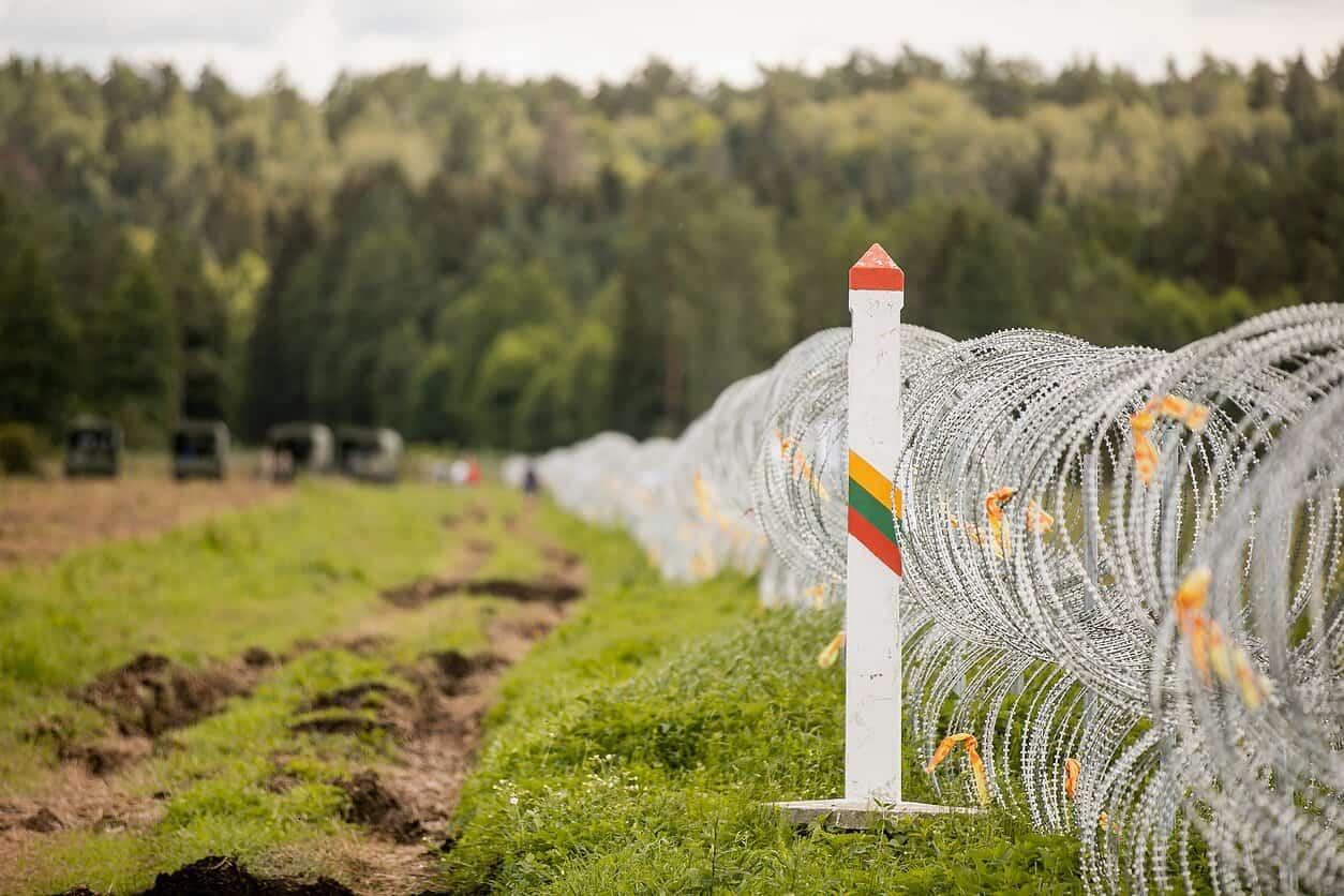 Інженерні загородження на кордоні між Литвою та Білоруссю