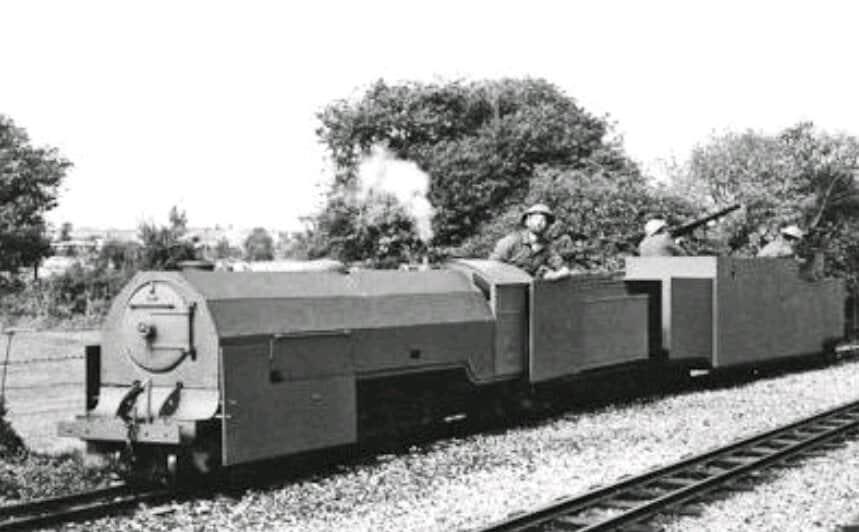 Найменший бронепотяг у світі