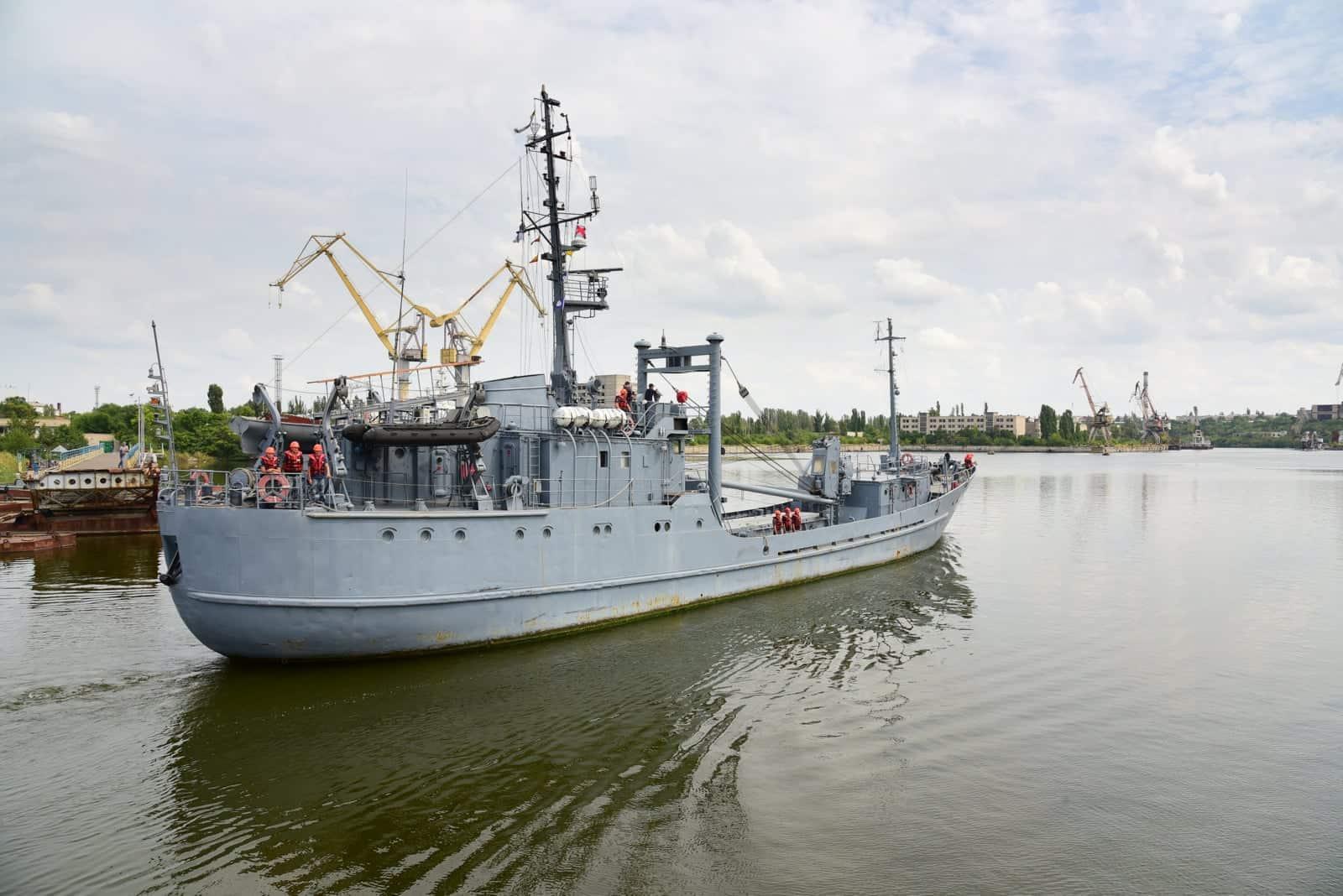 Розвідувальний корабель «Переяслав» у серпні 2021 року в акваторії ДП «Миколаївський суднобудівний завод»