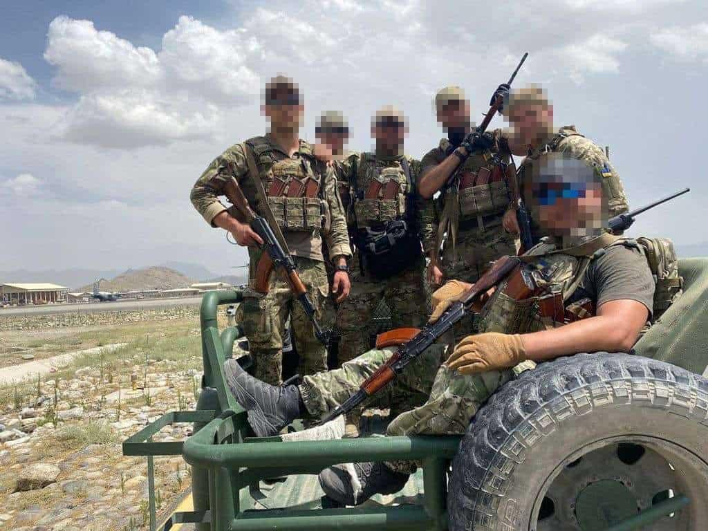 Спецпризначенці ГУР МОУ під час евакуації громадян з Афганістану