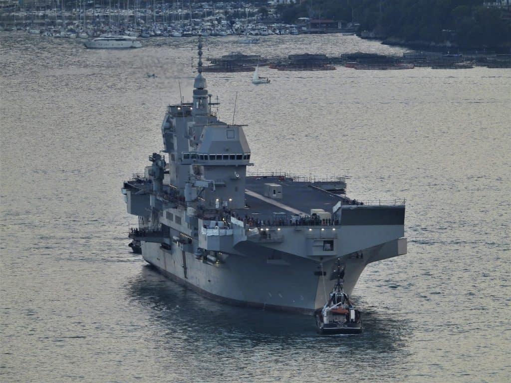 Універсальний десантний корабель Trieste