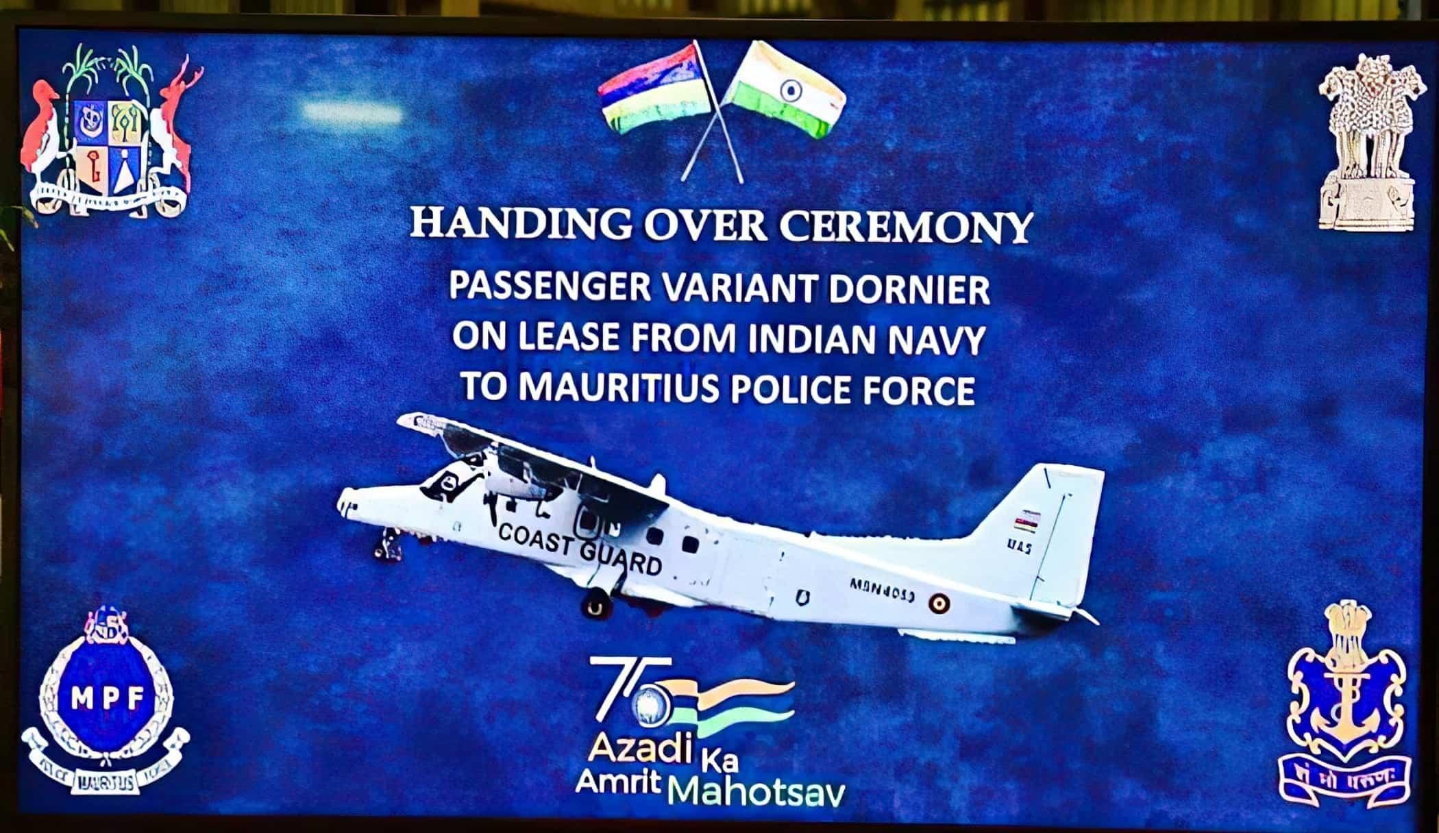 Фото з церемонії передачі літака Маврикії. Вересень 2021. Фото: ВМС Індії